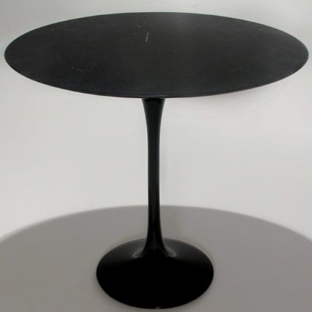 Mesa Saarinen Lateral Oval